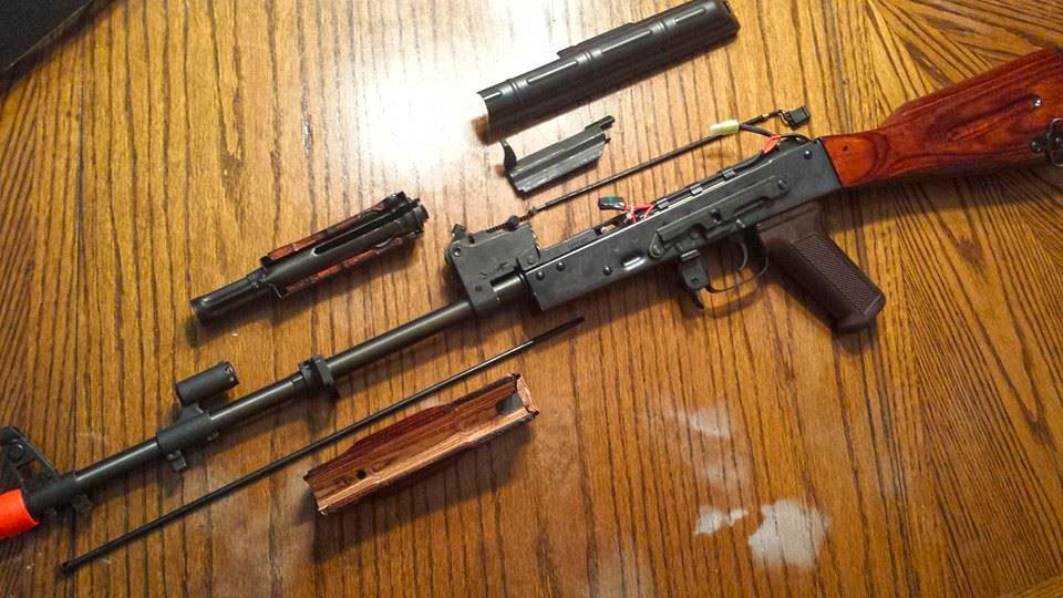 EL-AK-stripped