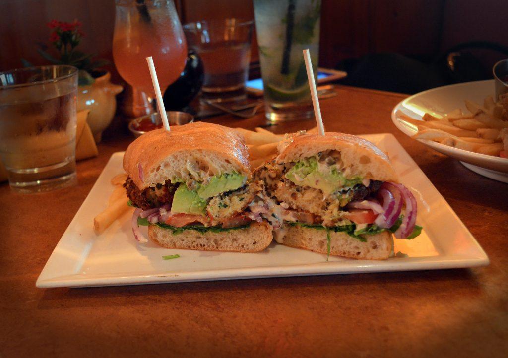 beach-comber-crab-sandwich-1024x722