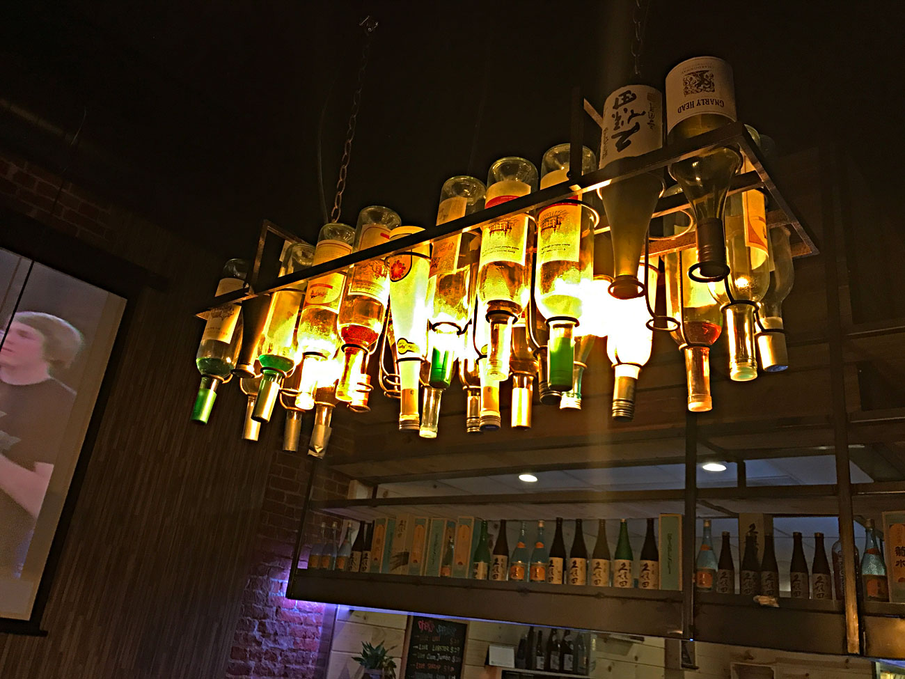 botle-lights-in-bar