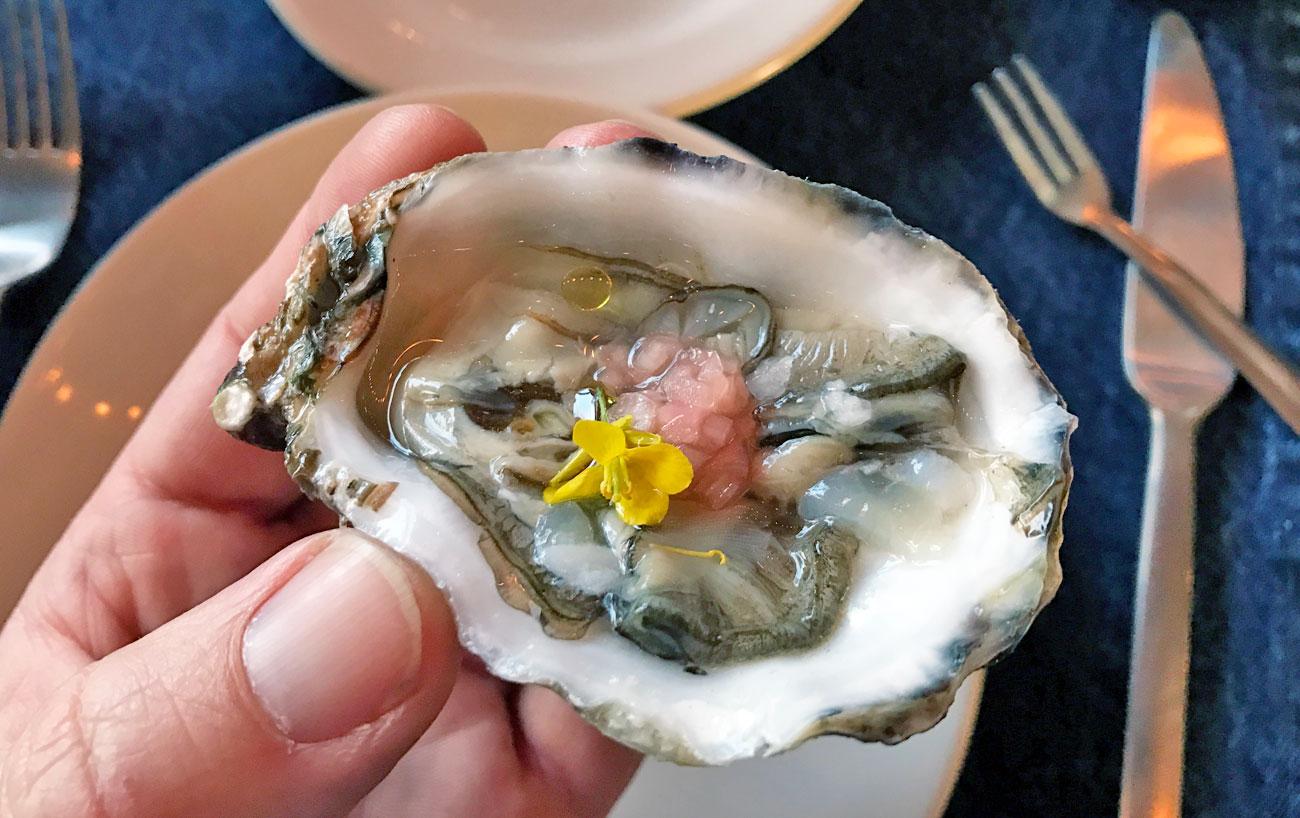 deckmans-oyster-close