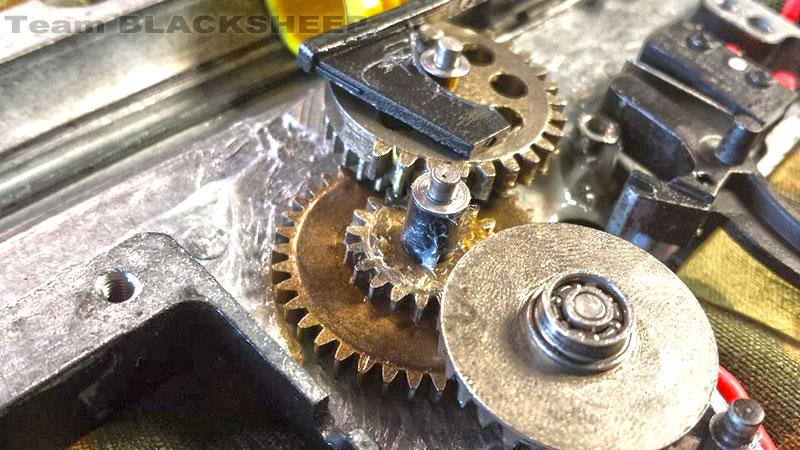 kac-lmg-gears