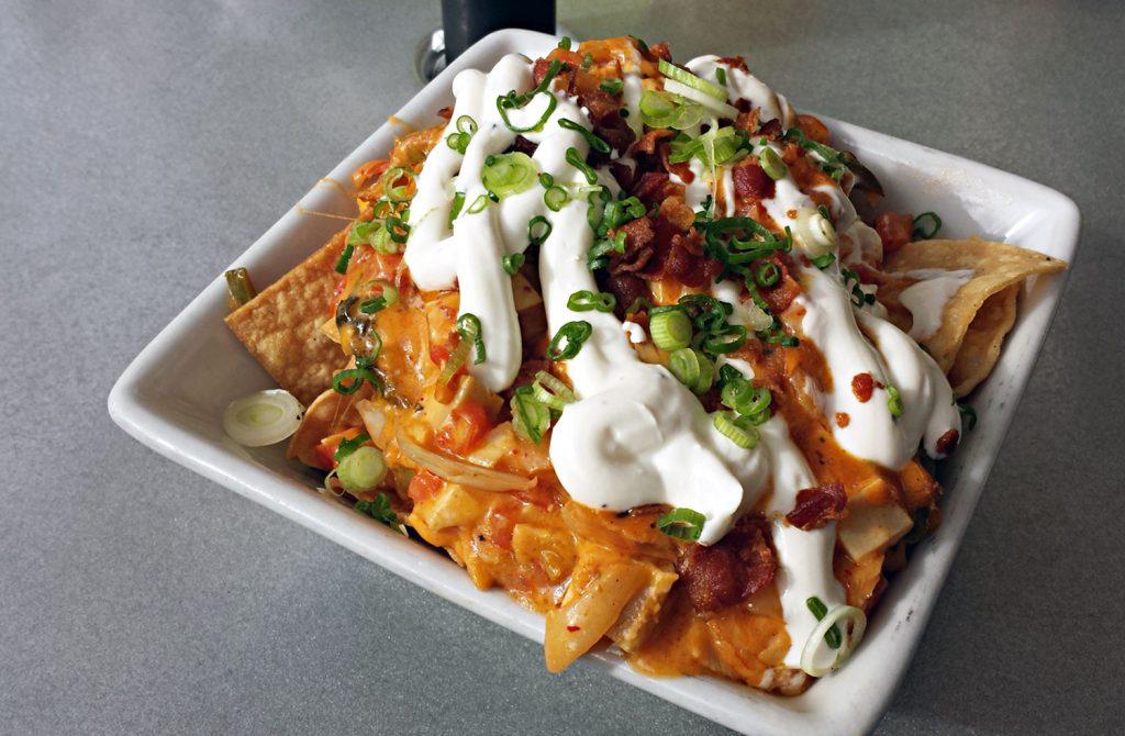 komodo-nachos-1024x670