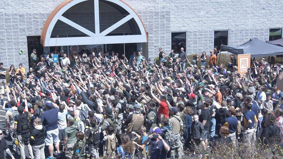 ss-airsoft-crowd